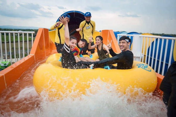 tube trek water park, chiang mai water park, tube trek chiang mai