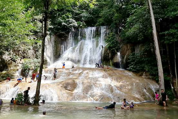 package tour chiang mai to bangkok, 4 days 3 nights package tour chiang mai to bangkok, srai yok Waterfall, sai yok waterfall