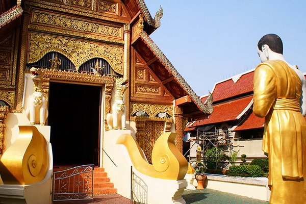 chiang mai - chiang rai tour package, chiang mai to chiang rai tours, chiang rai tour packages, private tour chiang rai phra singh temple