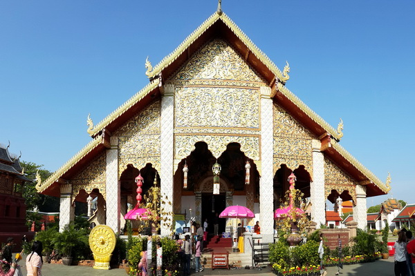 package tour from chiang Mai to sukhothai, package tour chiang mai sukhothai, hariphunchai temple