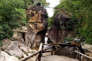 national parks in the north of thailand, Op Luang National Park