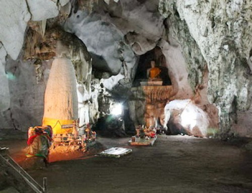 Private Tour11 : Private Tour Muang On Cave and Sankampaeng  Hot Springs