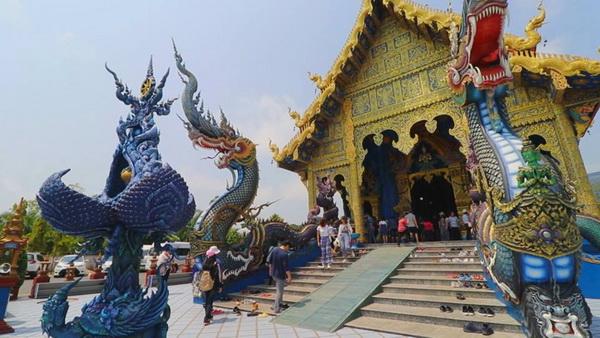 wat rong suea ten, rong suea ten temple, blue temple chiang rai, wat rong suea ten chiang rai, chiang rai attractions, attractions in chiang rai