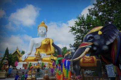 doi kham temple, wat doi kham