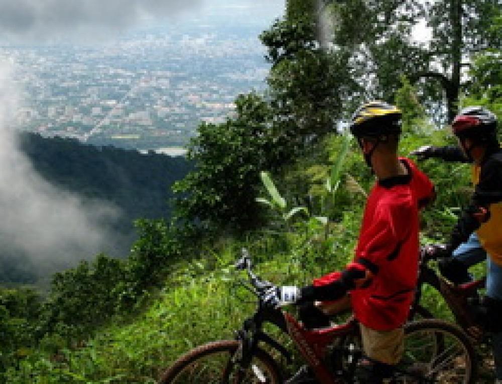 AD03 : Chiang Mai Moutain Bike Adventure