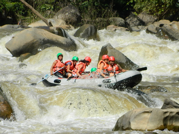 kang kued whitewater rafting, chiang mai whitewater rafting, whitewater rafting