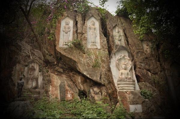 acha thong forest monastery, wat tham phra archa tong, tham phra archa tong, tham phra archa tong temple, tham phra acha thong forest monastery, wat tham phra acha thong forest monastery