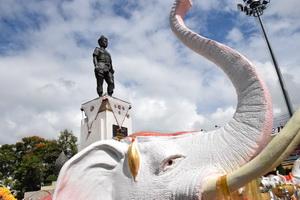 king mangrai monument, mangrai monument, king mang rai monument, mang rai monument, king mangrai monument chiang rai