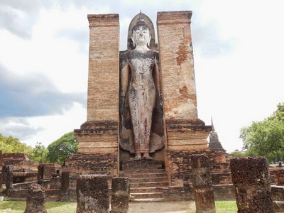 package tour chiang mai to bangkok, sukhothai tour, sukhothai historical park, sukhothai historical park tour, 3 days 2 nights package tour chiang mai to bangkok