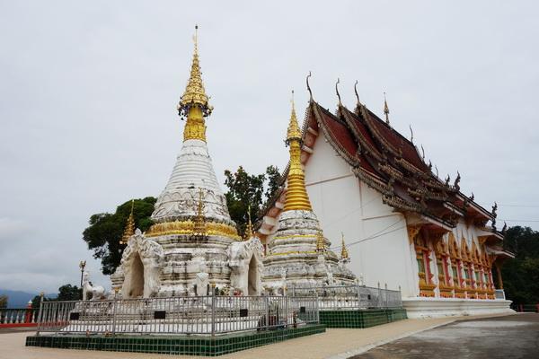 wat phra that chom chaeng, wat phrathat chom chaeng, phra that chom chaeng temple, phrathat chom chaeng temple