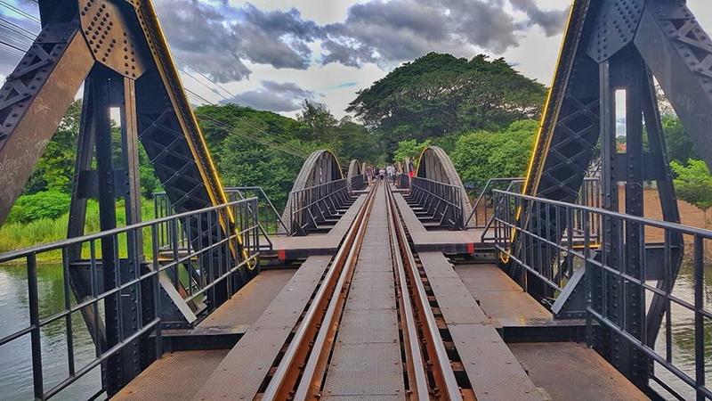 kwae river bridge, kwae river bridge kanchanaburi, kwai river bridge, kwai river bridge kanchanaburi, death railway, death railway kanchanaburi