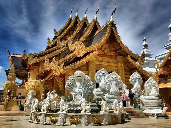 wat san pa yang luang, san pa yang luang temple, wat san pha yang luang, san pha yang luang temple, san pa yang luang, wat san pa yang luang lamphun, san pa yang luang temple lamphun