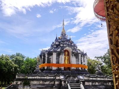 wat phra yuen, wat phra yuen lamphun, phra yuen temple, phra yuen temple Lamphun, important temple in lamphun