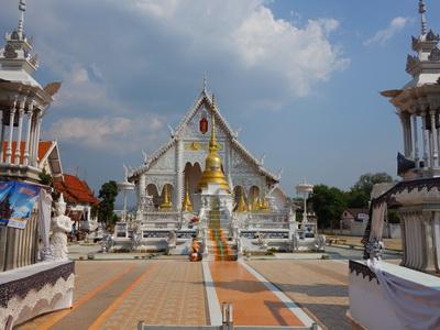 wat chiangrai, chiangrai temple, wat chiangrai in lampang, chiangrai temple in lampang, wat chiangrai lampang, chiangrai temple lampang