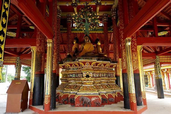 wat pong sanuk, wat pong sanuk lampang, pong sanuk temple, pong sanuk temple lampang, attractions temple in lampang