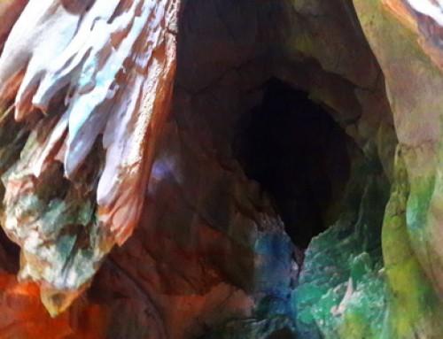 Pha Nang Khoi Cave
