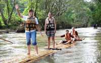 private tours chiang mai, private tours from chiang mai, bamboo rafting along mae wang river, bamboo rafting mae wang, mae wang national park tour