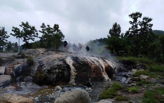muang pang hot spring, muang phang hot spring, tour pai green season, tour pai, budget tour in pai, pai join in group tour