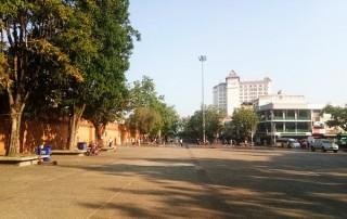 chiang mai city tour by tuktuk , chiang mai tuktuk tour, chiang mai city tour by tuk tuk , chiang mai tuk tuk tour, tha phae gate, tha phae gate chiang mai