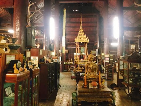 wat phra thaen sila ard, phra thaen sila ard temple, wat phra thaen sila ard uttaradit, important temple in uttaradit